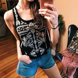 Aztec pint black & neutral sleeveless tank blouse